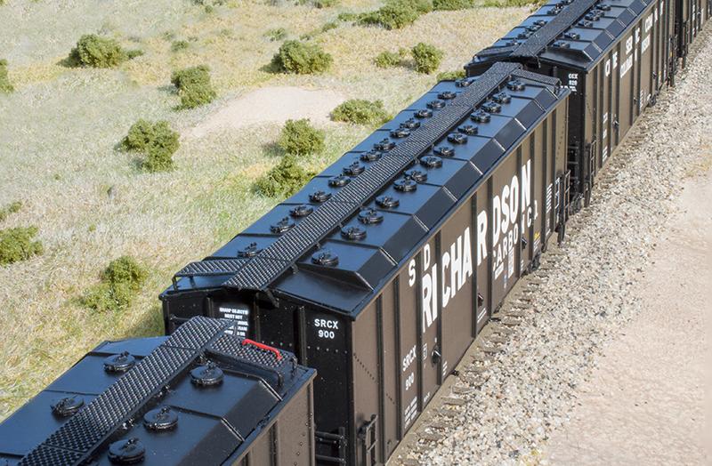 ScaleTrains Carbon Black Hopper