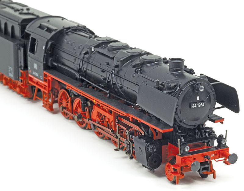Oil-Burning Jumbo: Trix DB Class 44 Steam Locomotive in HO Scale