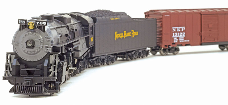 Lionel's Nickel Plate Fast Freight train set in HO