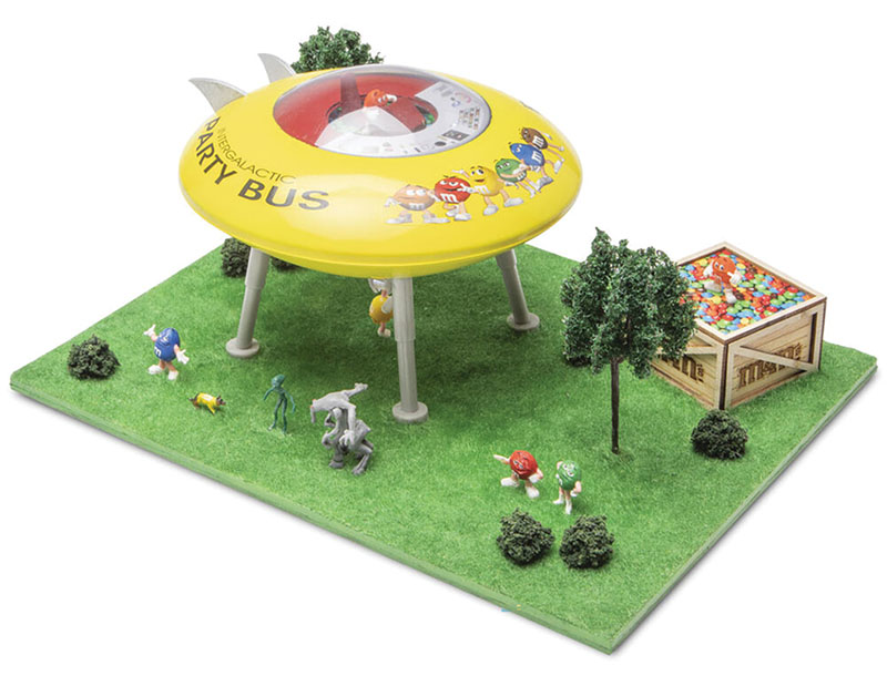 M&Ms UFO Scene  from Menards Collectibles in HO