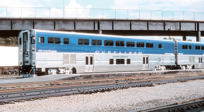 Genesis 2.0 Surfliners coming to HO scale and new run for HO and N F59PHIs from Athearn